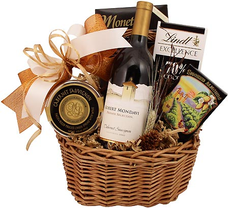 Classic red wine gift basket classic red gift basket negle Images