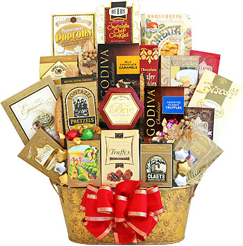 Festive Seasonal Snacks Gift Basket