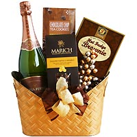 Golden Champagne & Chocolate Gift Basket