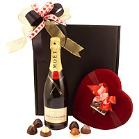 Moet and Chandon White Star Champagne and Velvety Chocolate Truffles