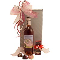 Sweet Valentine and Pink Wine Gift