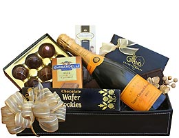 Veuve Clicquot Champagne and Chocolate Gift Box